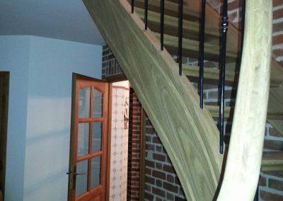 photo_droite_escaliers57149ecf0c026